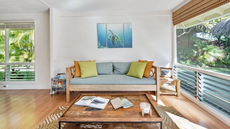 5 Mismatched Modern Living Room Furniture Ideas We Love